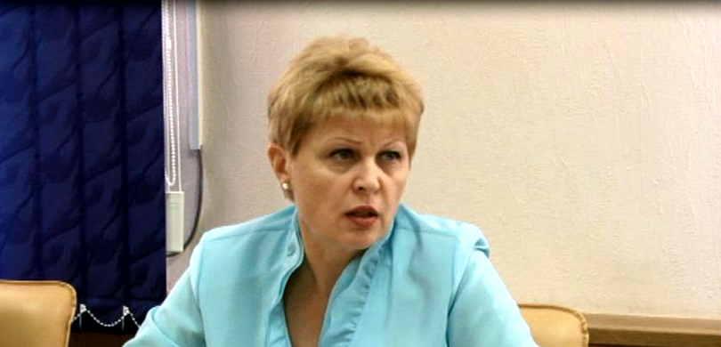 Наталья Безбородова министр экономического развития, промышленной политики и торговли области